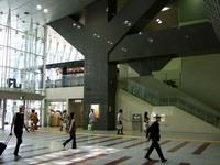 スタバ JR東京駅日本橋口店