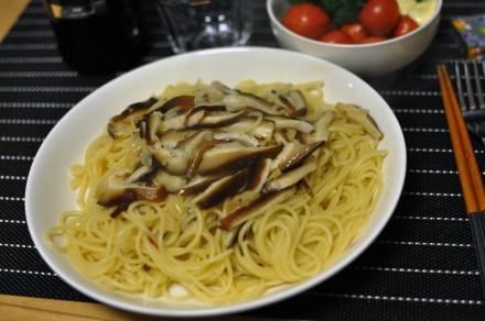 原木椎茸のペペロンチーノ
